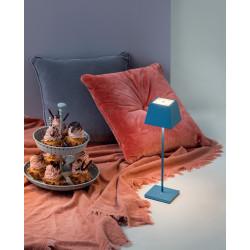 Prenosna LED svetilka...